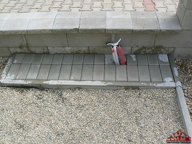 Jak udělat schody ze zámkové dlažby